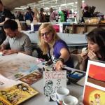 Schlogger (links) und Sarah Burrini (rechts mit Kekf) teilen sich schwesterlich die Vorräte