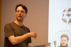 Arne Schulenberg führt in die weite Welt der Photo-Comics.
